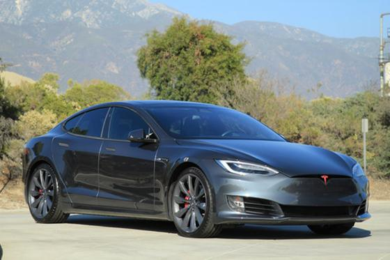 2016 Tesla Model S P100D:24 car images available