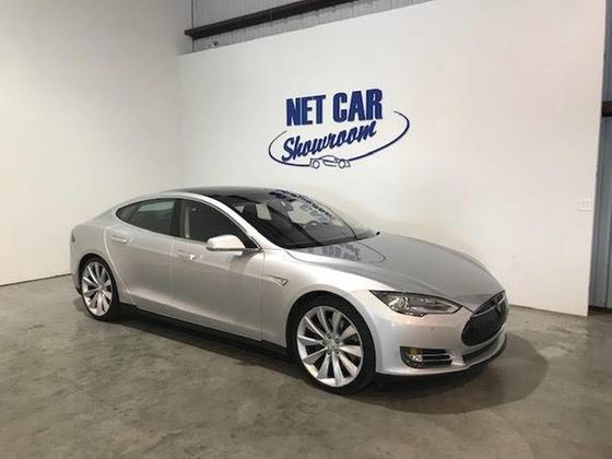 2014 Tesla Model S P85:24 car images available