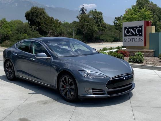 2014 Tesla Model S P85:16 car images available