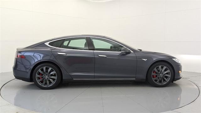 2015 Tesla Model S P85D:24 car images available