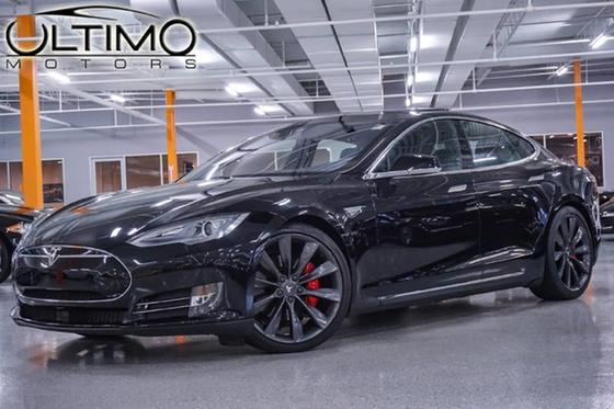 2015 Tesla Model S P90D:24 car images available