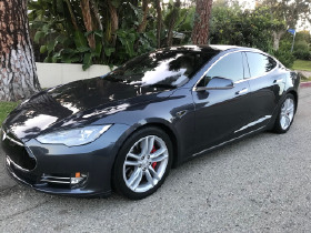2016 Tesla Model S P90D:8 car images available