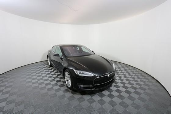 2016 Tesla Model S P90D:24 car images available