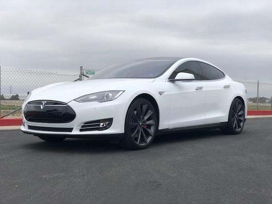 2014 Tesla Model S Performance:23 car images available