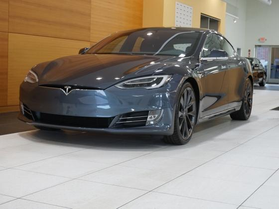 2019 Tesla Model S Performance:24 car images available