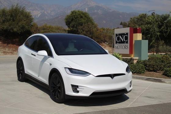 2018 Tesla Model X 100D:24 car images available