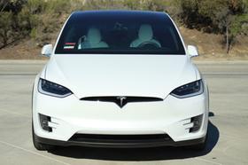 2016 Tesla Model X 60D:24 car images available
