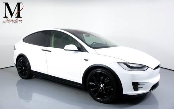 2016 Tesla Model X 75D:24 car images available