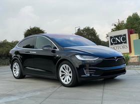 2018 Tesla Model X 75D:24 car images available