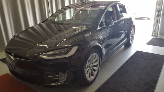 2016 Tesla Model X 90D:6 car images available