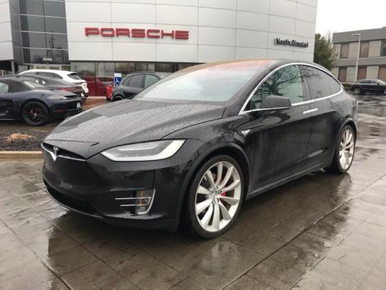 2016 Tesla Model X 90D:20 car images available