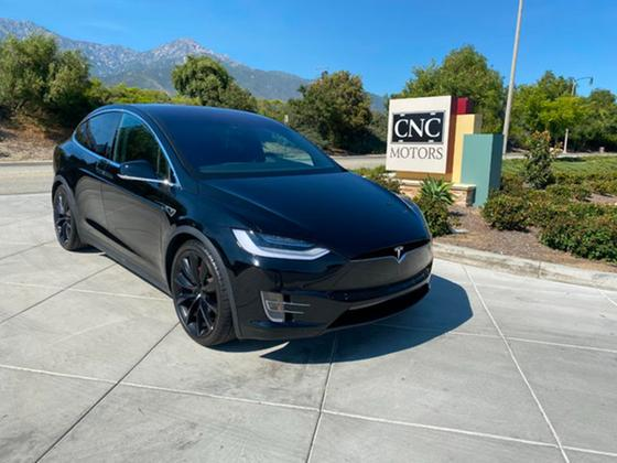 2016 Tesla Model X P90D:16 car images available