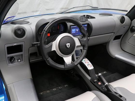 2011 Tesla Roadster Sport