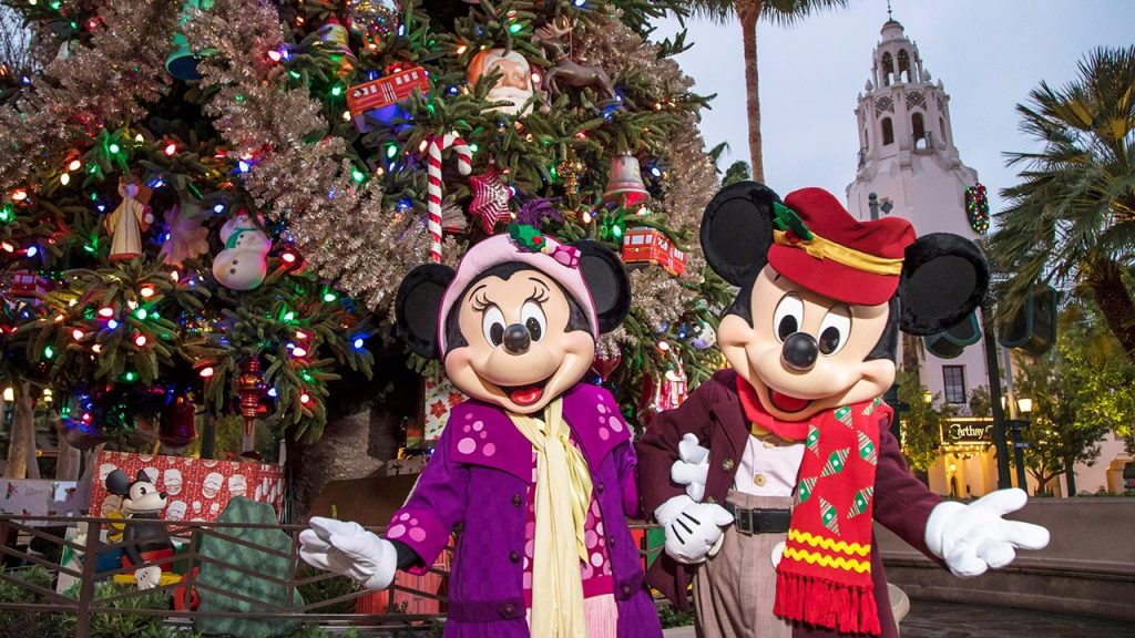 Mickey and Minnie Ready for the Holidays