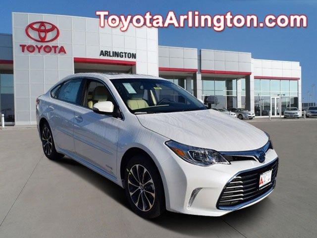 New 2017 Toyota Avalon in Palatine Illinois