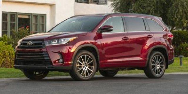 New 2017 Toyota Highlander in Palatine Illinois