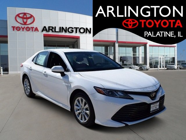 New 2018 Toyota Camry in Palatine Illinois