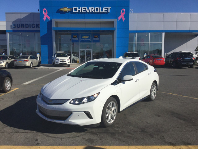 New 2017 Chevrolet Volt in Cicero New York