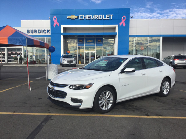 New 2017 Chevrolet Malibu in Cicero New York