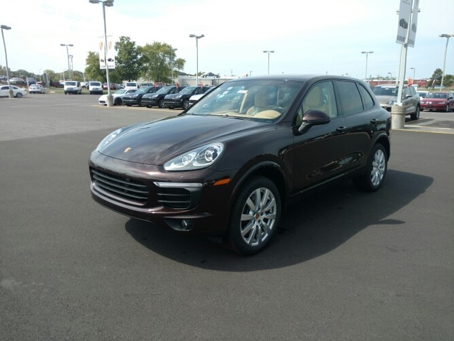 New 2017 Porsche Cayenne in Cicero New York