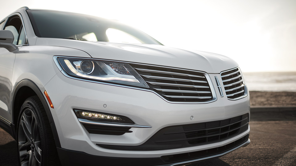 New Lincoln MKC Exterior image 2