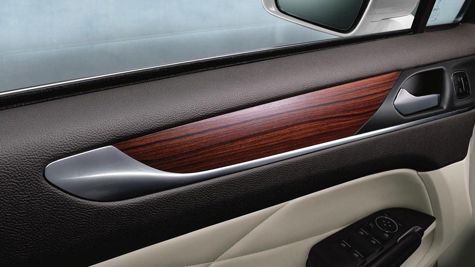 New Lincoln MKC Interior image 2