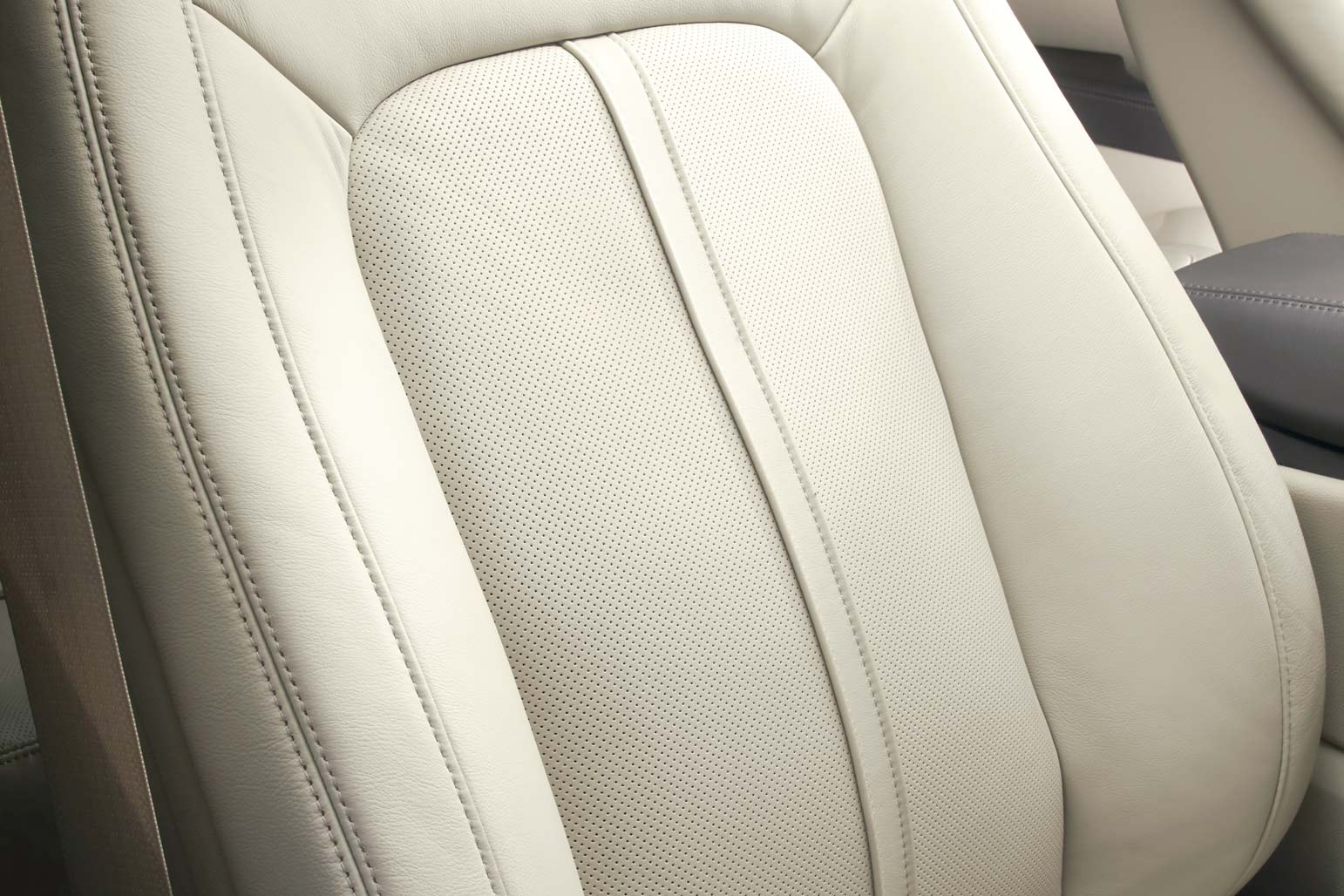 New Lincoln MKX Interior image 2