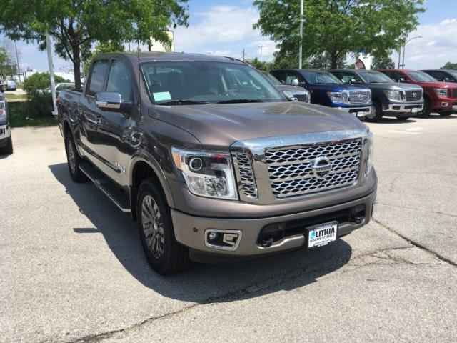New 2017 Nissan Titan in Ames Iowa