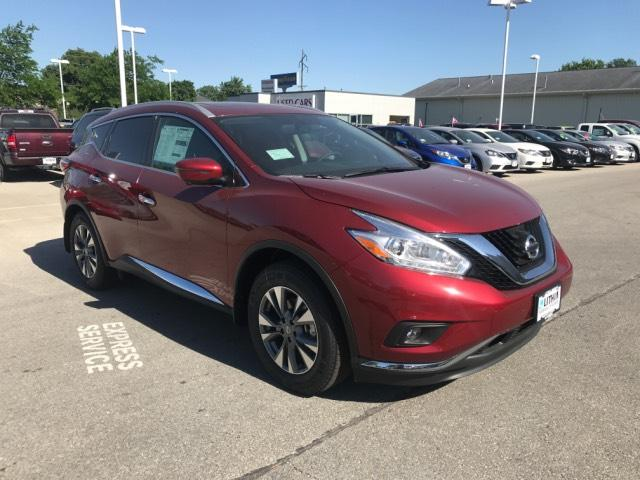 New 2017 Nissan Murano in Ames Iowa