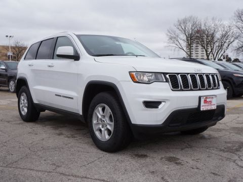 New 2017 Jeep Grand Cherokee in Oak Lawn Illinois