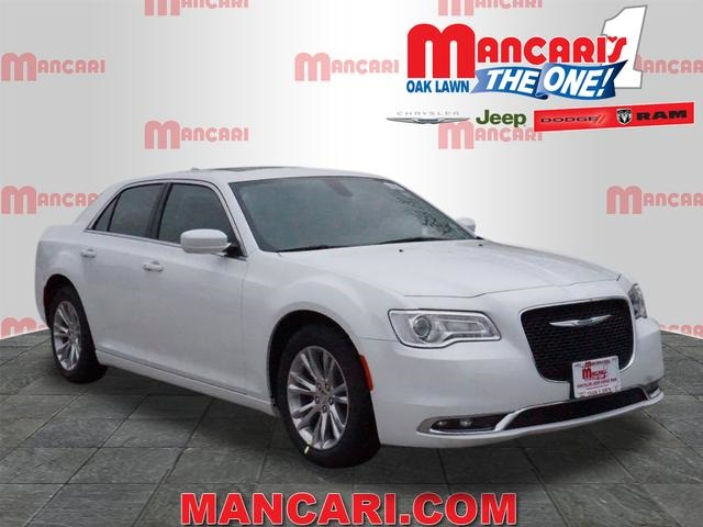 New 2017 Chrysler 300 in Oak Lawn Illinois