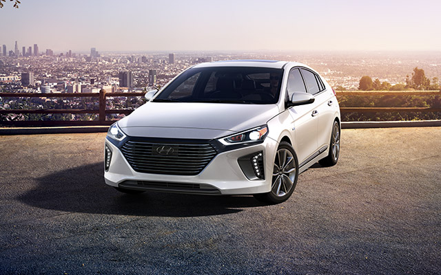 New 2017 Hyundai Ioniq in Chicago Illinois