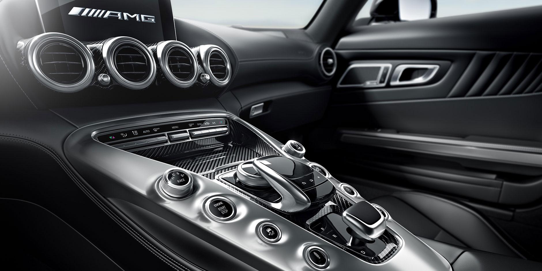 Cockpit. The AMG® GT ...