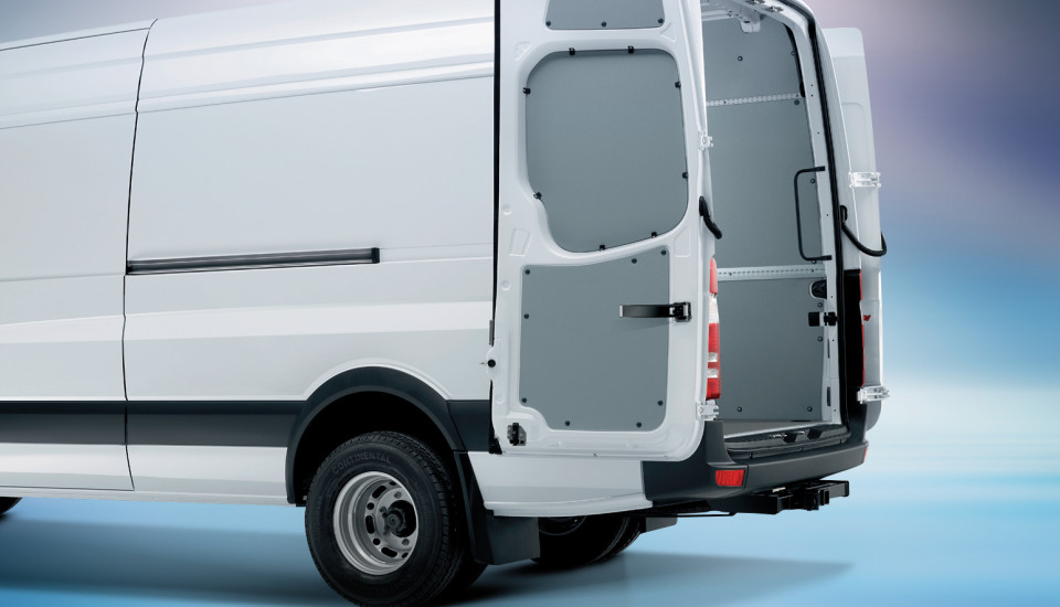 work van sprinter vans and mercedes benz putting the metris first to drive reviews