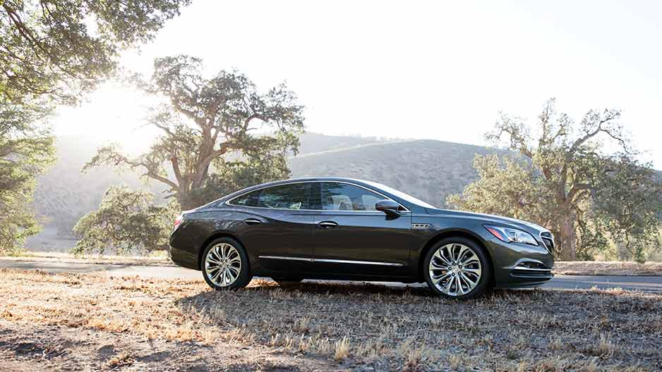 New Buick LaCrosse Exterior main image
