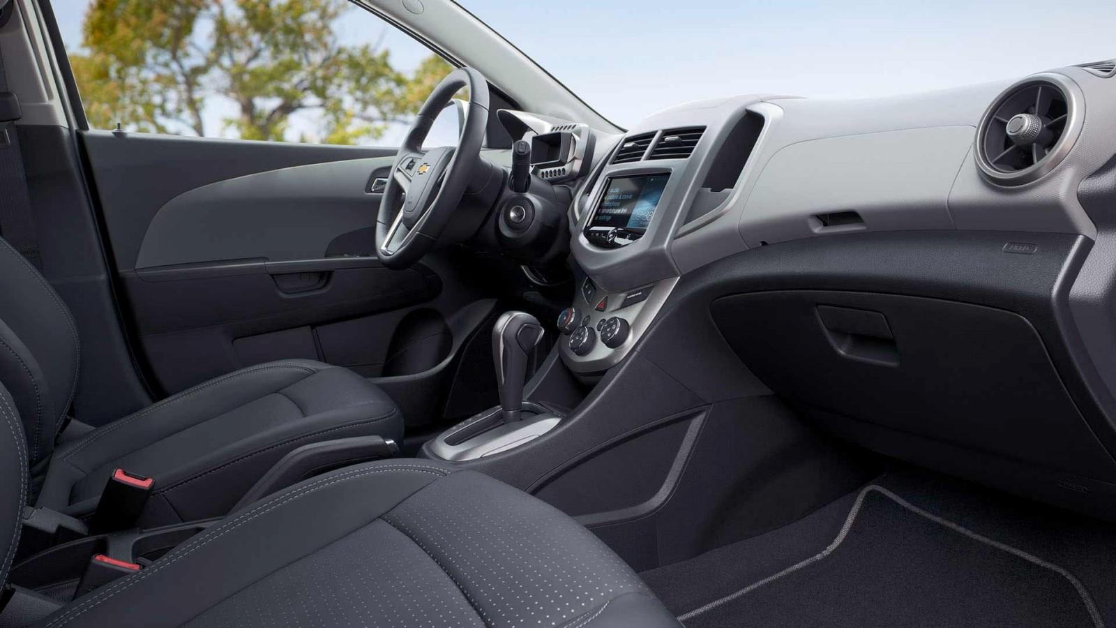 New Chevrolet Sonic Interior main image