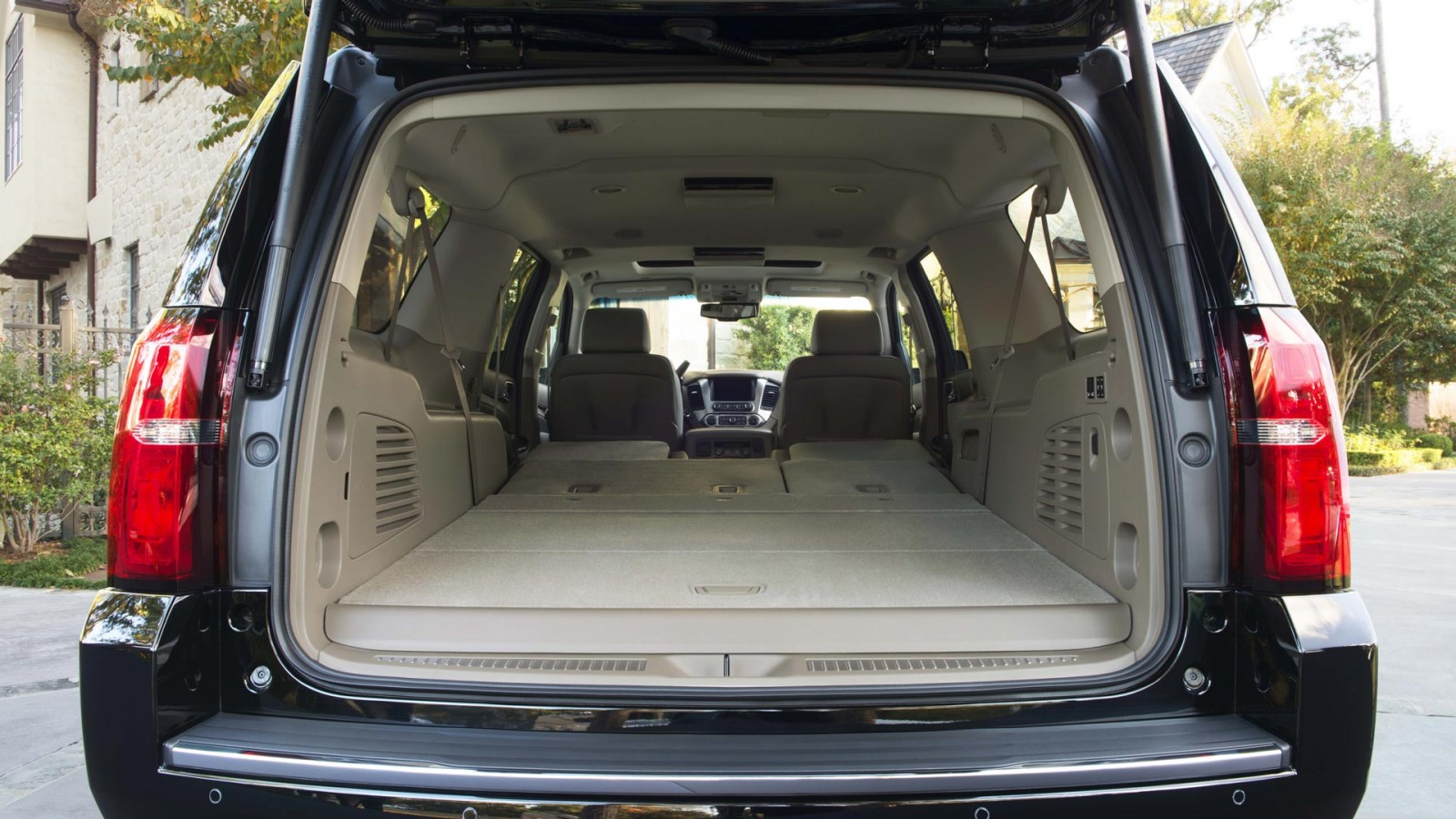 New chevrolet suburban interior image 1