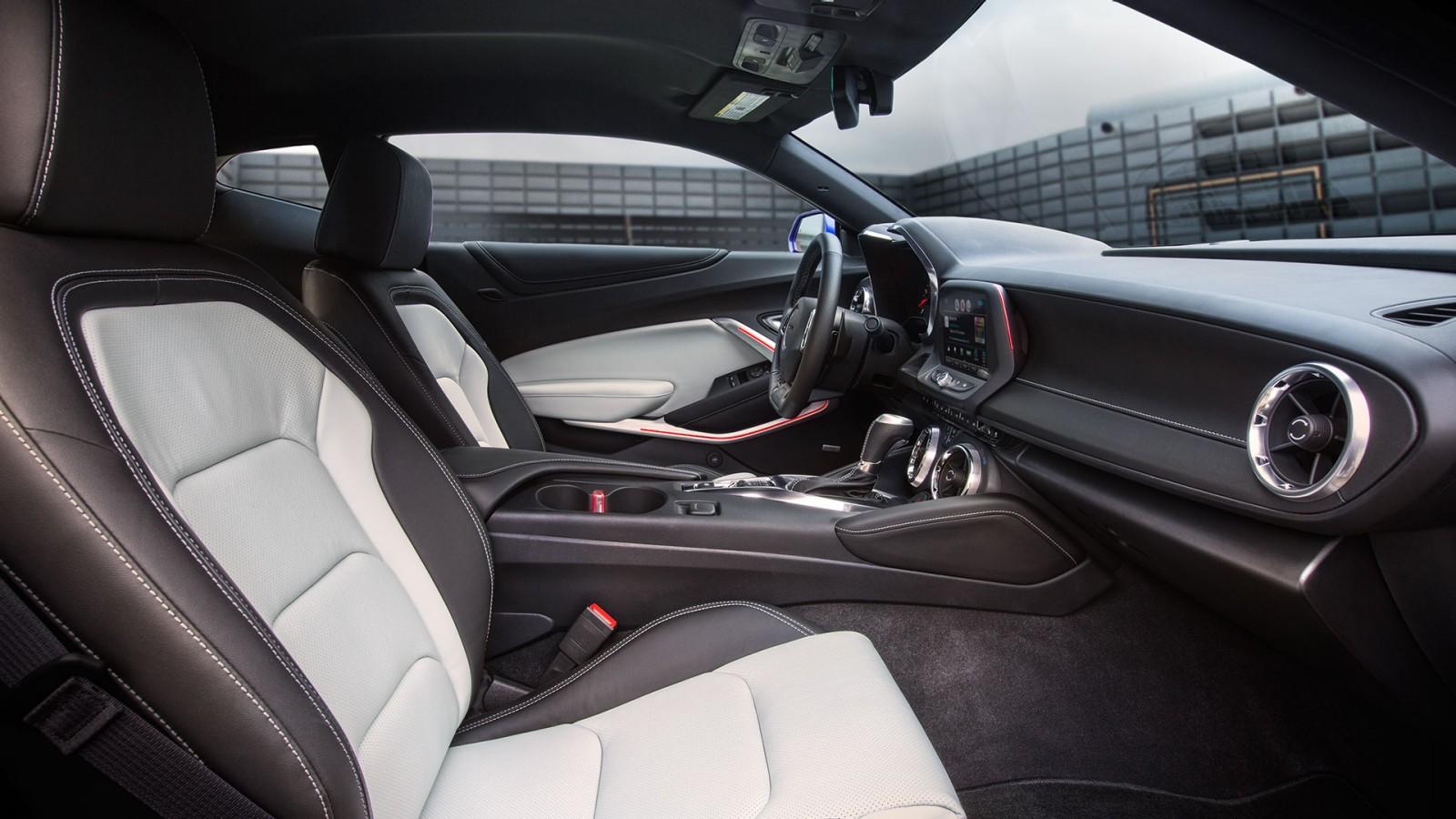 New Chevrolet Camaro Interior main image