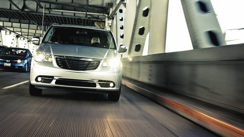 New Chrysler Town and Country Exterior image 1