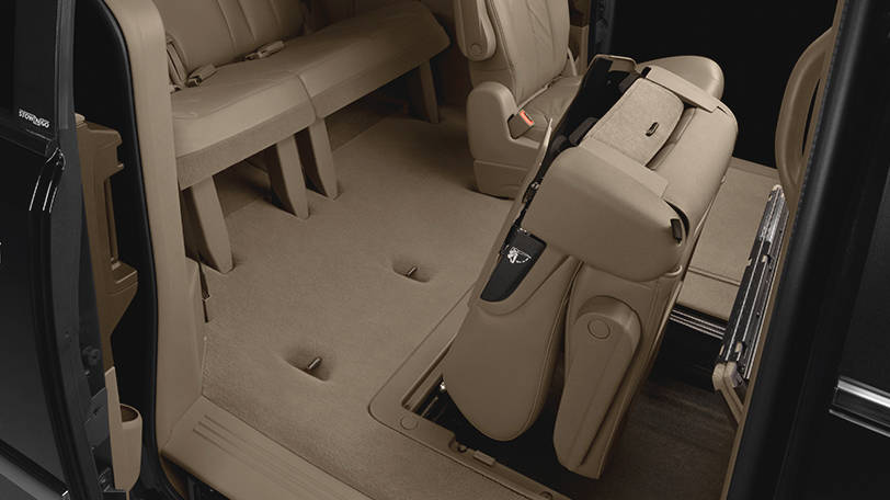 New Chrysler Town and Country Interior image 1