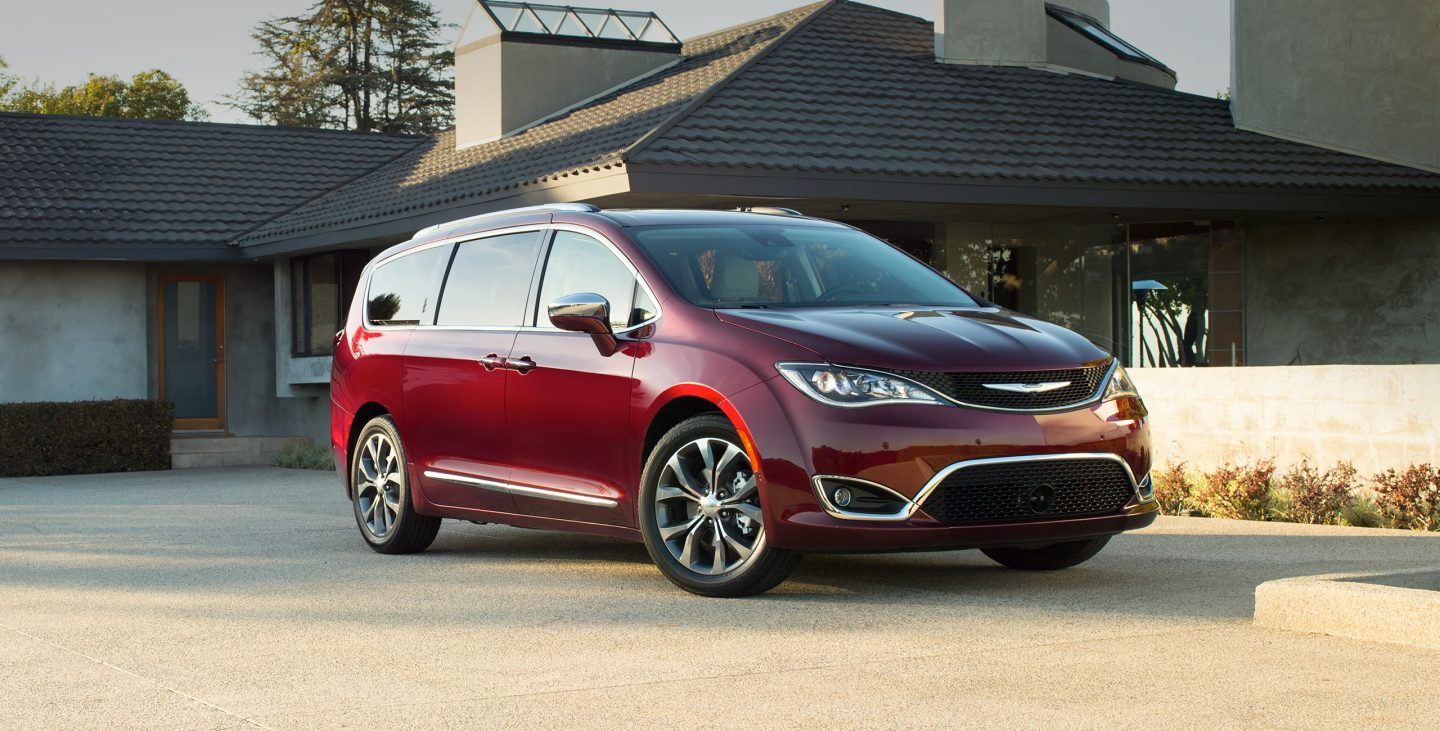 plus chrysler economy review h news pacifica touring fuel l
