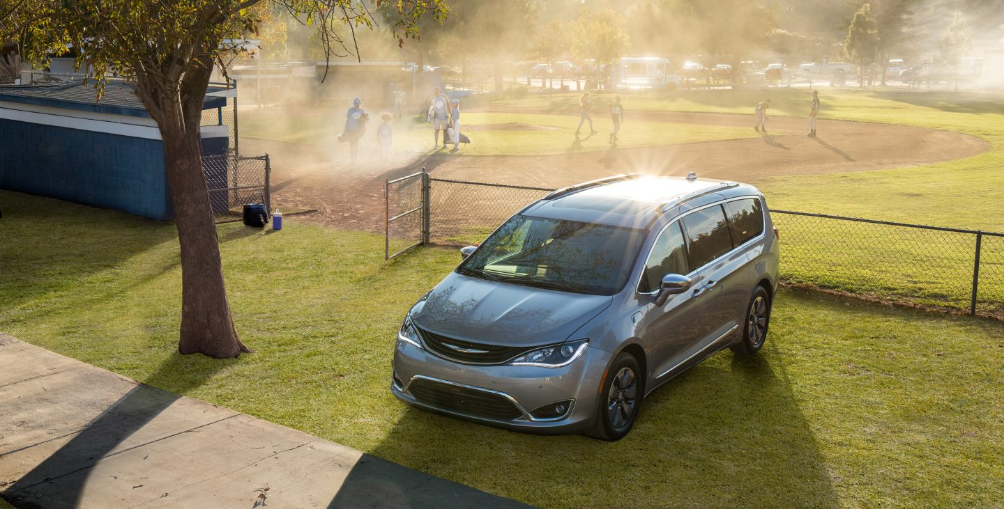 New 2018 Chrysler Pacifica for Sale Chicopee MA