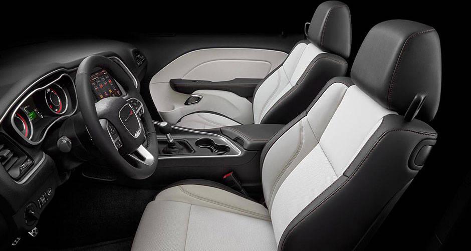 New Dodge Challenger Interior image 2