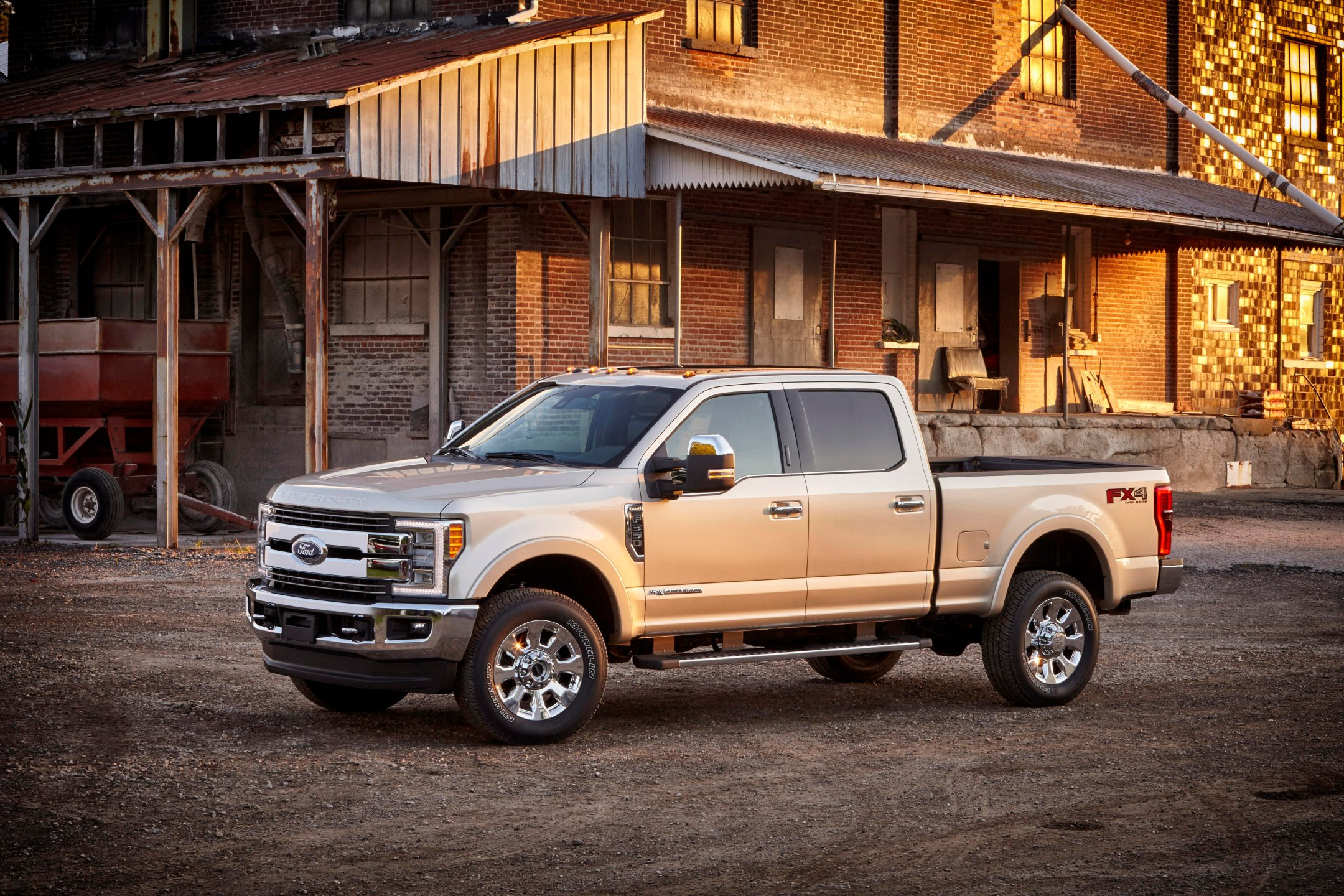 New Ford F 350 Exterior Image 1