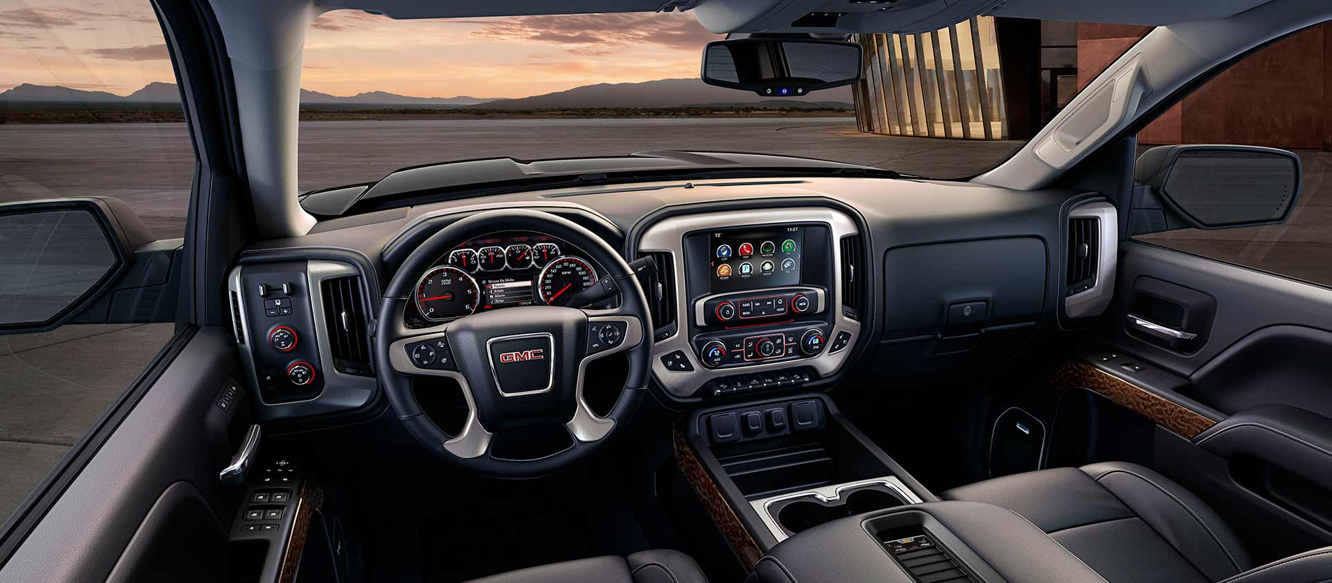 New GMC Sierra 1500 Interior main image