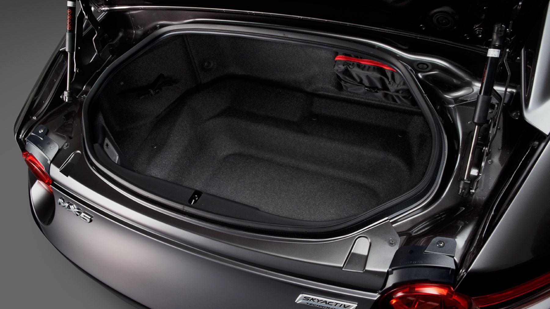 New Mazda MX-5 Miata Interior image 1