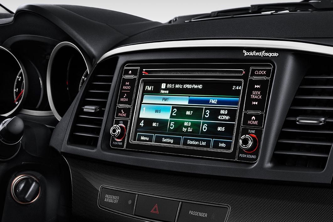 New Mitsubishi Lancer Interior image 2