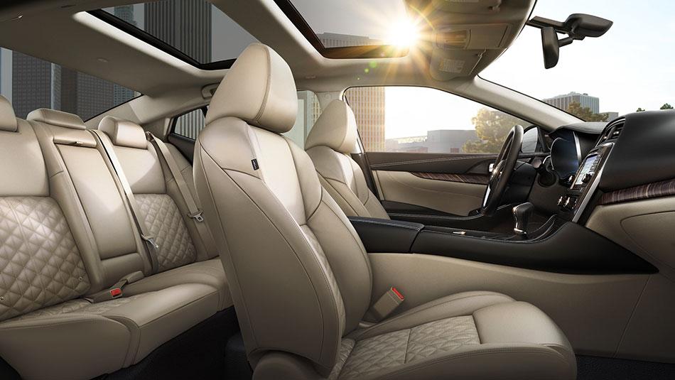 New Nissan Maxima Interior image 2