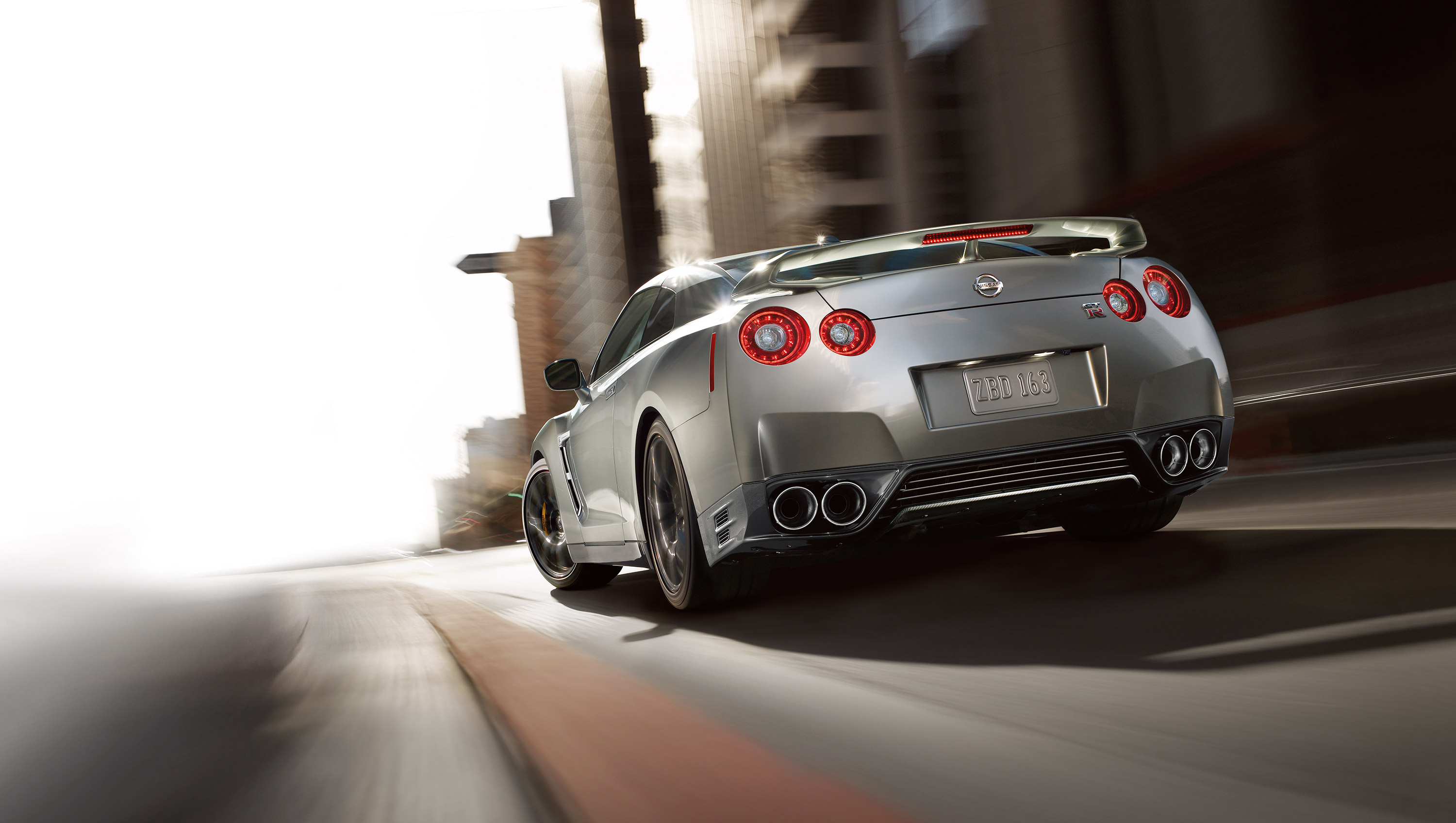 New Nissan GT-R Exterior main image