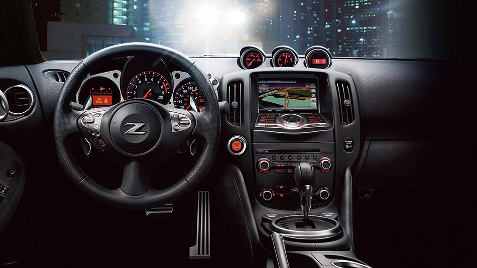 New Nissan 370Z Interior image 1